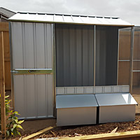 Chicken coops and chook pens
